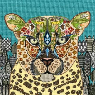 Jewelled Leopard Bothy Threads Sharon Turner cross stitch kit